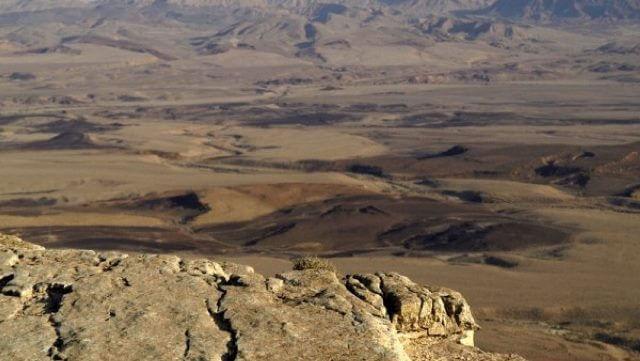ממצפה רמון להר סהרונים