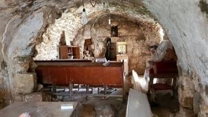 בית כנסת בקבר ישי ורות